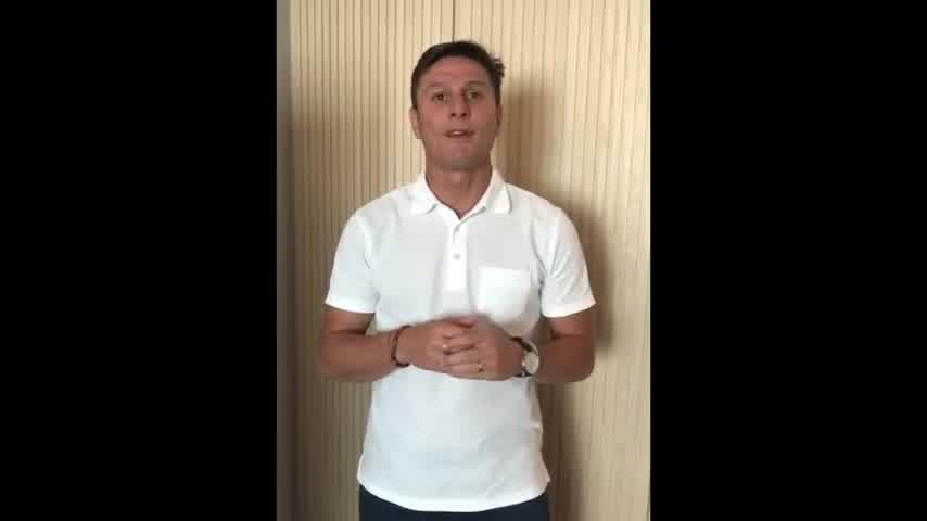 Messi saluda a Valentino López