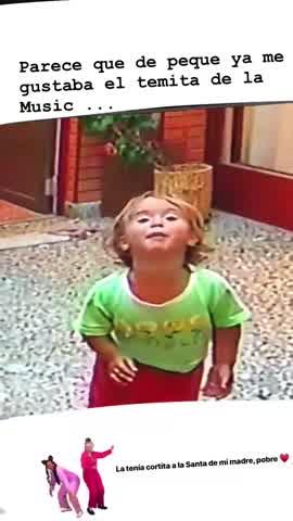 Flor Vigna bailando de niña