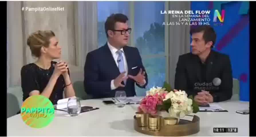 La reacción de Pampita por el encuentro de la China Suarez e Isabel Macedo