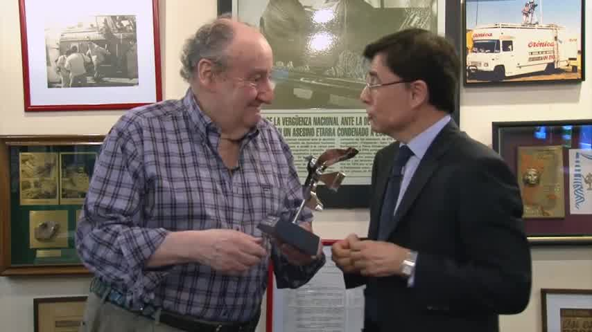 Héctor Ricardo García Premio Perfil a la Trayectoria 2015