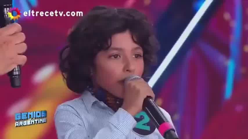 El pequeño que imitó a Patricia Sosa y Valeria Lynch
