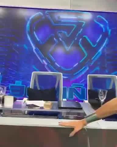 Nicole Neumann debutó como jurado del Súper Bailando y se llevó todas las miradas 2