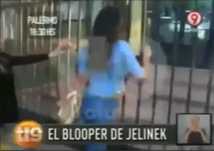 "Karina Jelinek: \""¡Abran! ¡Quiero votar!\"""