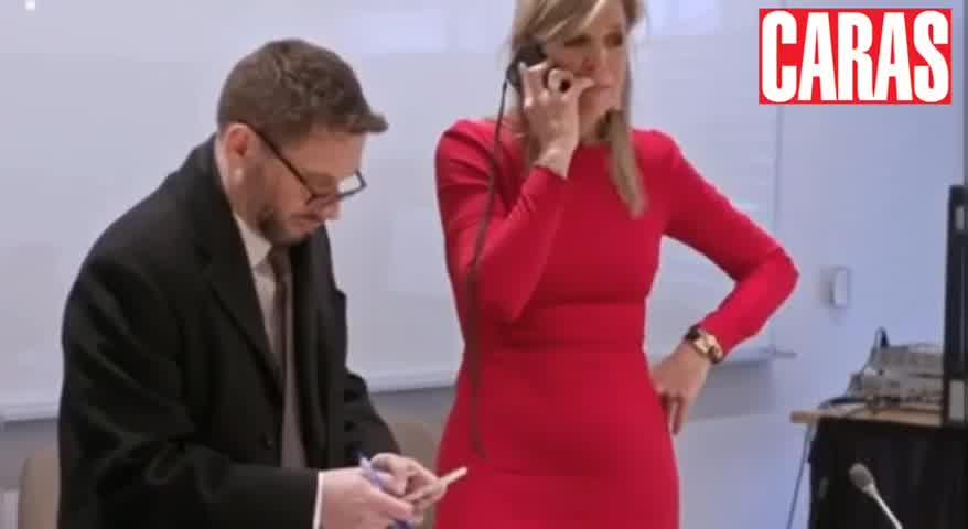 Máxima reta a su hija por teléfono