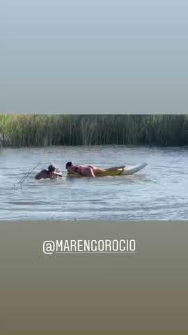 El bloopler de Mica Viciconte y Rocío Marengo mientras practicaban deportes acuáticos 2