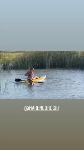El bloopler de Mica Viciconte y Rocío Marengo mientras practicaban deportes acuáticos 3