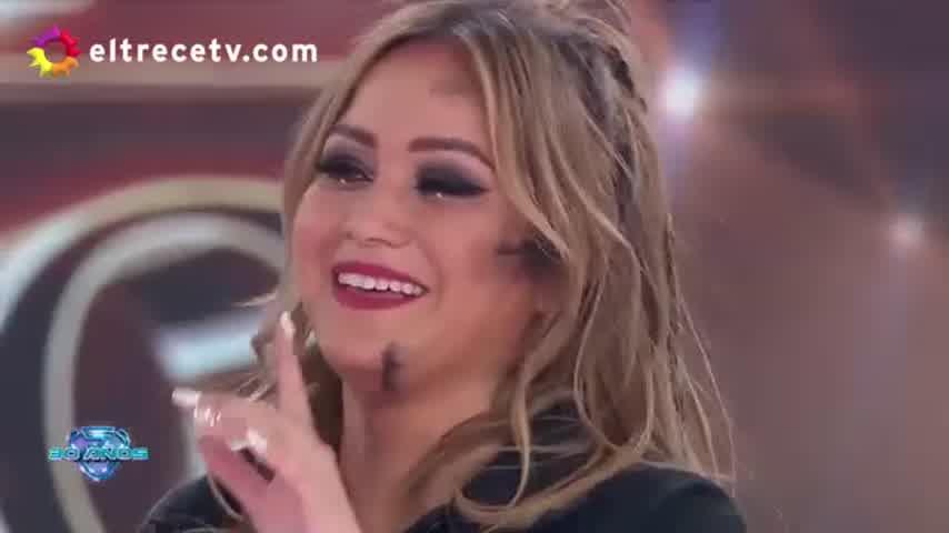 Karina en el Bailando
