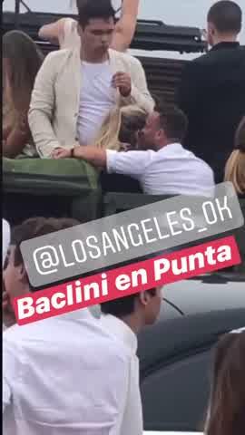 Martín Baclini acaramelado con una misteriosa rubia en Punta del Este