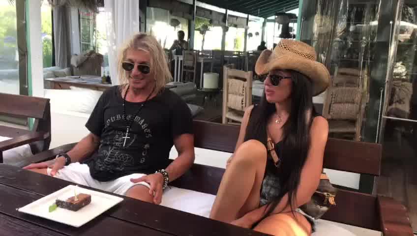 Exclusivo: Claudio Paul Caniggia festejó su cumpleaños con Sofía Bonelli en Punta