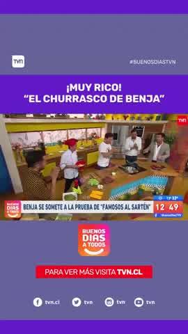 Benjamín Vicuña sorprendió y cocinó un churrasco en la TV chilena