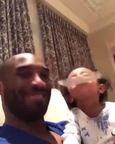 Circula el último video de Kobe Bryant con su hija Capri, de 7 meses