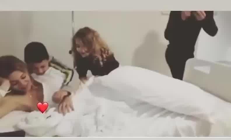 El emocionante video de Eva Anderson el día que nació su hija menor