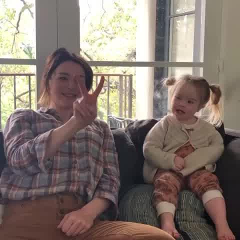 Caterina Scorsone y su hija Paloma