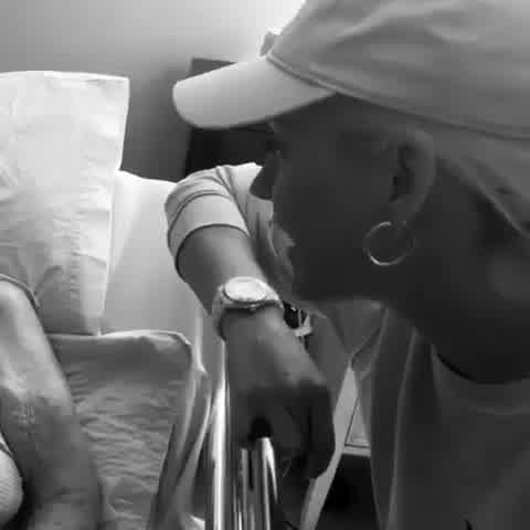 El emotivo video en donde Katy Perry le revela a su abuela que está embarazada antes de morir