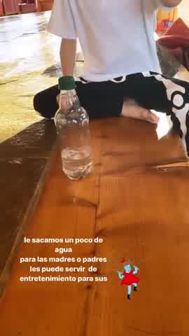 """Lolo Tinelli en el desafío de la \""""Botella Challenge\"""""""