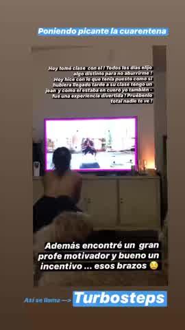 Natalie Pérez se puso a hacer gimnasia sin remera y lo filmó
