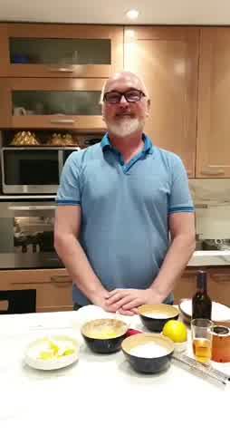 Alfajores de maicena para la cuarentena con Osvaldo Gross