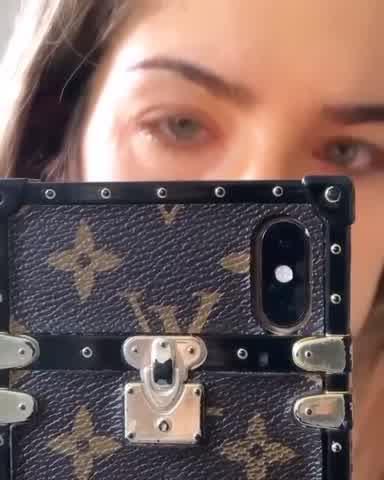 Delfina Ferrari sufrió una reacción alérgica por usar maquillajes falsos