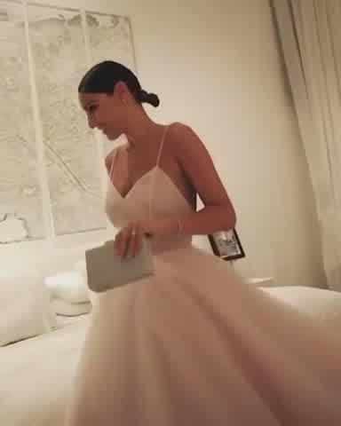Pampita sortea el vestido usado en el Martín Fierro de la Moda