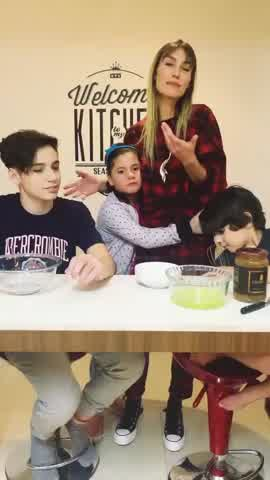 Paula Morales te enseña a hacer una mousse de dulce de leche, en familia