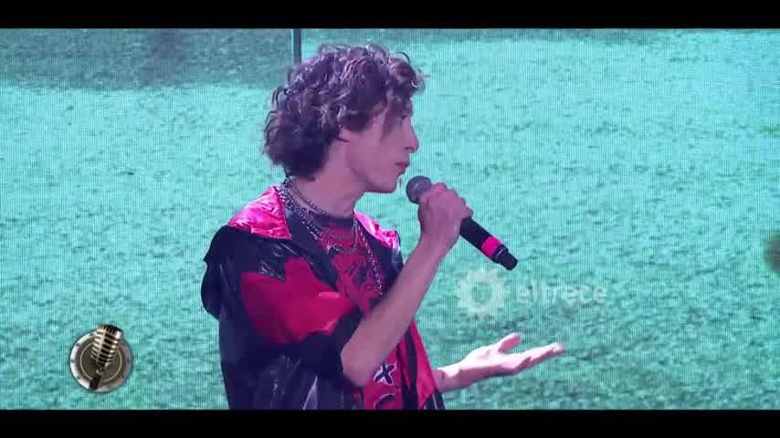 """Lola Latorre y Lucas Spadafora cantaron \""""Deja de llorar\"""" de El Polaco"""
