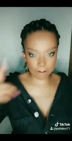 Conocé a la doble de Rihanna que impacta con su parecido en las redes