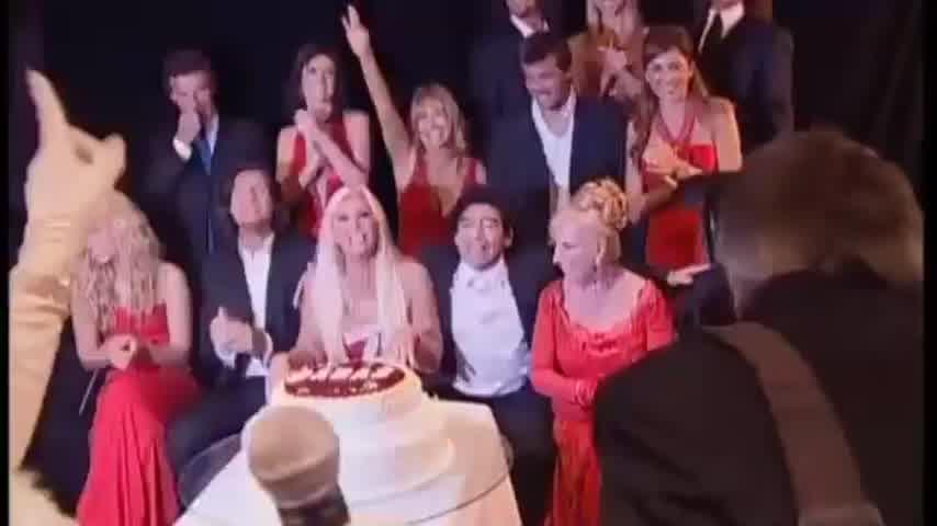 Maradona en la 13º fiesta de CARAS 2