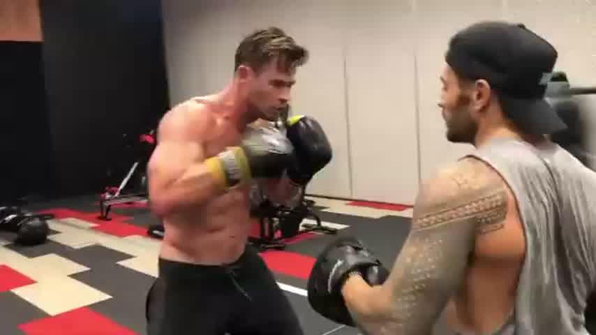 Chris Hemsworth mostró su intensa y dura rutina de boxeo