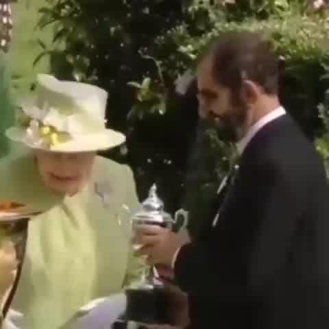 La conexión de Isabel II con el jeque árabe sospechado del secuestro de sus hijas