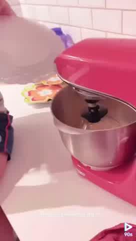 Juana y Toribio Repetto te enseñan a preparar torta de chocolate