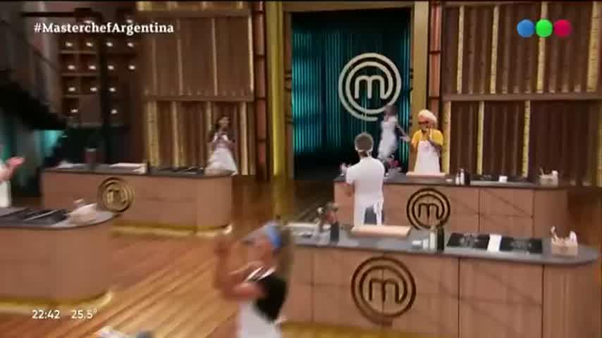 El debut de Claudia Fontán en Masterchef Celebrity 2