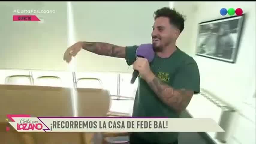 Fede Bal abrió las puertas de su casa: bar en memoria de Santiago Bal y objetos de colección