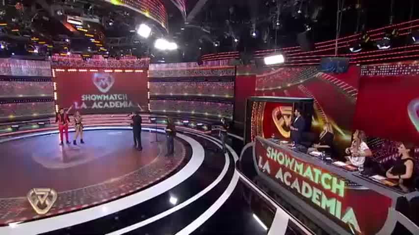 La Academia: otro irónico comentario de Guille Valdés generó la reacción de Pampita