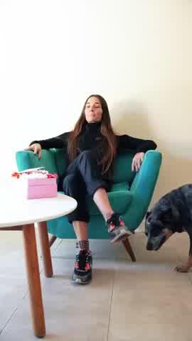 Juana Viale compartió un video en el que Ámbar de Benedictis le hace una entrevista