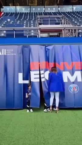 """Antonela Roccuzzo junto a Messi hacía París: \""""Con todo hacía una nueva aventura\"""""""