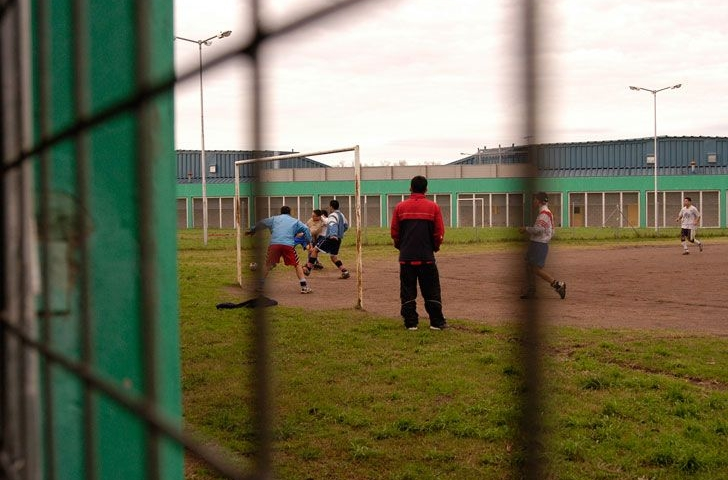El inédito torneo de fútbol en un penal de Florencio Varela este fin de semana
